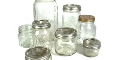 Nem férsz el a rengeteg üres befőttes üvegtől? Mutatunk pár újrahasznosítási ötlet, amely után már nem lesz ilyen gondod