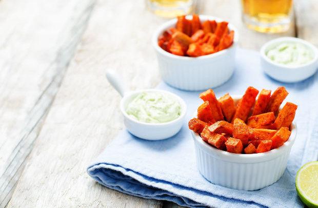 Mutatunk egy sokkal jobb ételt mint a tepsis krumpli! Készítsd helyette ezt