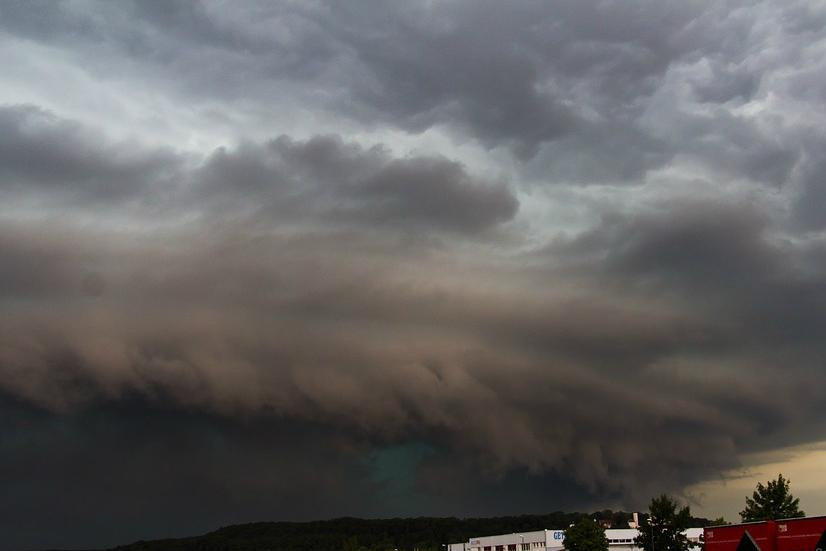 Rengeteg eső, durva szél és jégeső: Újabb figyelmeztetést adott ki a meteorológiai szolgálat