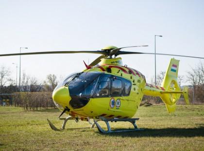 Szívszaggató baleset történt a Balatonon, Siófoknál ma délelőtt! Mentőhelikopter is érkezett a helyszínre!!