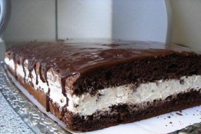 Életem legjobb süteménye! Fehér csokoládés krémes szelet, ez bármilyen ünnepel megállja a helyet!